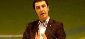 Grünen-Chef Özdemir fordert auf dem Deutschen Schulleiterkongress: Brennpunkt-Schulen besser ausstatten!