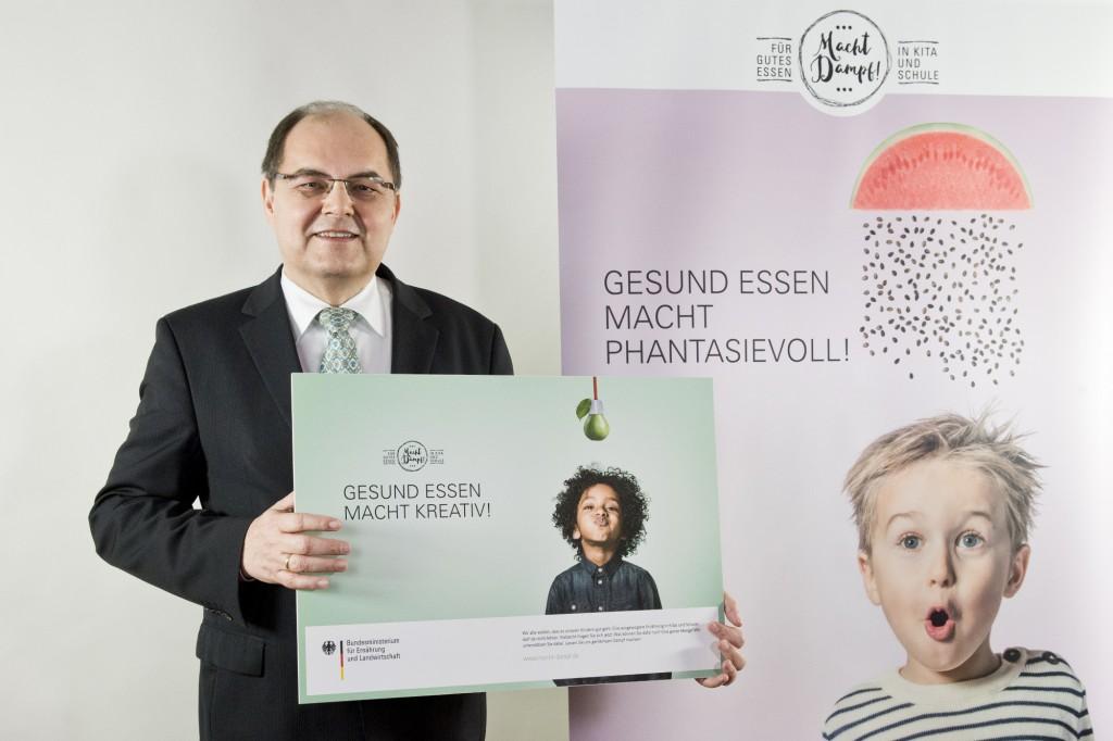 Minister Christian Schmidt stellt seine Kampagne zur Ernährungsbildung vor. Credit: Quelle: BMEL/photothek.net/Michael Gottschalk