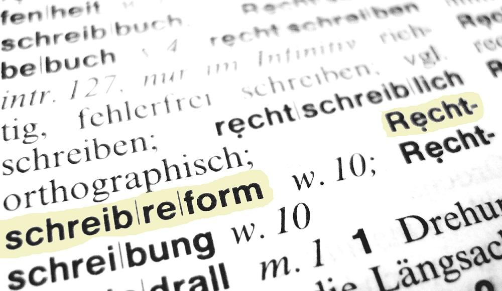 Die Rechtschreibung hat in den Schulen offenbar an Stellenwert verloren. Foto: Claudia-Hautumm / pixelio.de