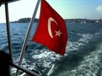 Die konservative Regierung der Türkei scheint westliche Einflüsse zurückdämmen zu wollen. (Foto:S.Flint/pixelio.de)