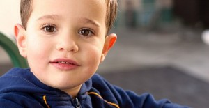 Schon im Alter von zwei bis drei Jahren lassen sich Sprachstörungen diagnostizieren. Foto: CarbonNYC / Flickr (CC BY 2.0)