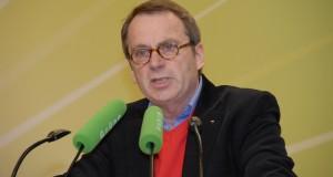 """""""Wir könnten in der Wirtschaft ein hübsches Sümmchen verdienen"""": VBE-Chef Beckmann (hier auf einer Grünen-Veranstaltung). Foto: Grüne NRW / Flickr (CC BY-SA 2.0)"""