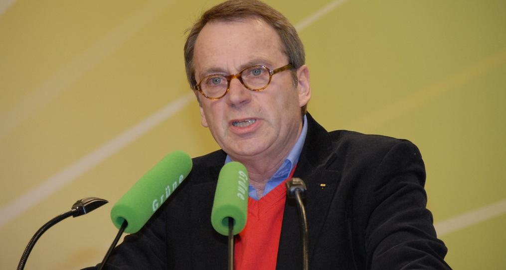 Kämpft für das Handschreiben in der Schule: VBE-Chef Beckmann (hier auf einer Grünen-Veranstaltung). Foto: Grüne NRW / Flickr (CC BY-SA 2.0)