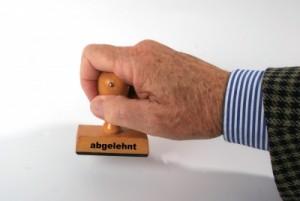 """Wer einen Bafög-Antrag stellt, möchte dies nicht erleben: """"Abgelehnt"""". Foto: Rainer Sturm / pixelio.de"""