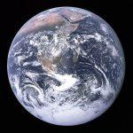 Die Erde, fotografiert von Apollo 17 fotografiert am 7. Dezember 1972, wird wärmer. (Foto: Wikimedia public Domain)