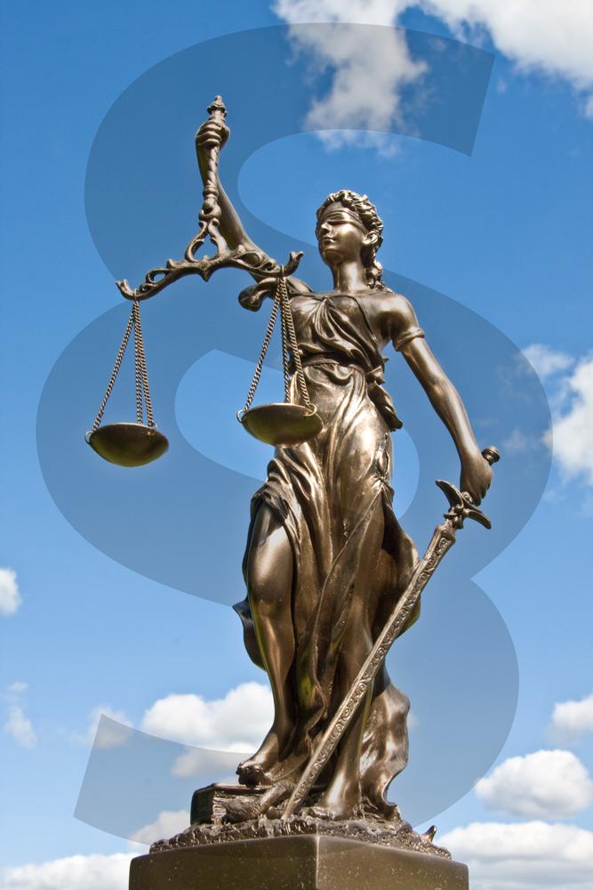10.500 Euro Geldstrafe wegen Körperverletzung muss der Realschullehrer bezahlen. (Foto: Thorben Wengert/pixelio)