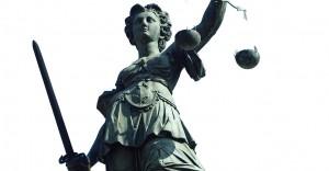 Das Koblenzer Oberlandesgericht (OLG) hatte einen 32-jährigen Lehrer freigesprochen, der wiederholt Sex mit einer 14-jährigen Schülerin hatte.  Foto: Carlo Schrodt / pixelio.de