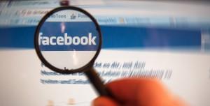 """Die Bundeszentrale für politische Bildung bietet eine neue Unterrichtseinheit zum Thema """"facebook"""" an;  Foto: Alexander Klaus / pixelio.de"""