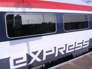 Klassenfahrten sind pädagogisch wertvoll – und für Lehrer bislang häufig auch teuer. Foto: Train Chartering and Private Cars /Flickr CC BY-SA 2.0)