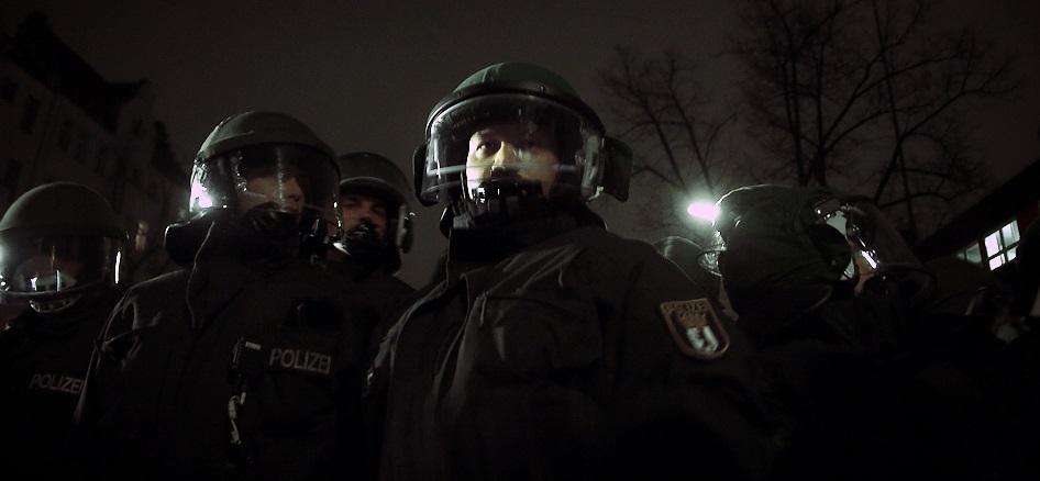 Bei jedem Amok-Alarm rückt die Polizei mit großem Aufgebot an. (Symbolfoto). Foto: LIbertinus / flickr (CC BY-SA 2.0)