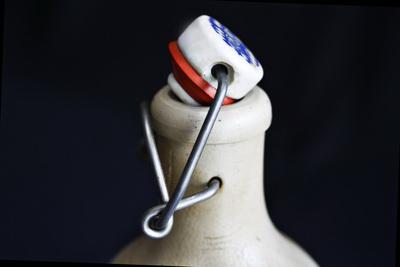 Auch dieser Verschluss ist das Ergebnis eines Tüftlers. (Foto: Günther Gumhold/pixelio.de)