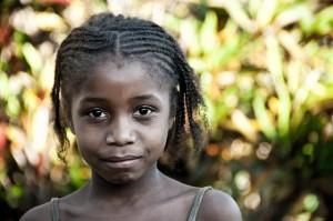 """Weltweit 60 Millionen Kinder sind """"Save the Children"""" zufolge unterernährt. Foto: is4aks / Flickr (CC BY-SA 2.0)"""