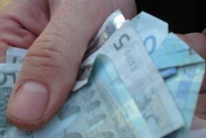 der Täter habe sämtliches Geld eingesteckt, das er habe finden können, berichtet die Polizei: Foto: tunguska / Flickr (CC BY 2.0)