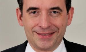 Hessens Kultusminister Alexander Lorz ist wegen Disziplinarmaßnahmen gegen beamtete Lehrer einiger Kritik ausgesetzt. Foto: Martin Rulsch, Wikimedia Commons, CC-BY-SA 4.0