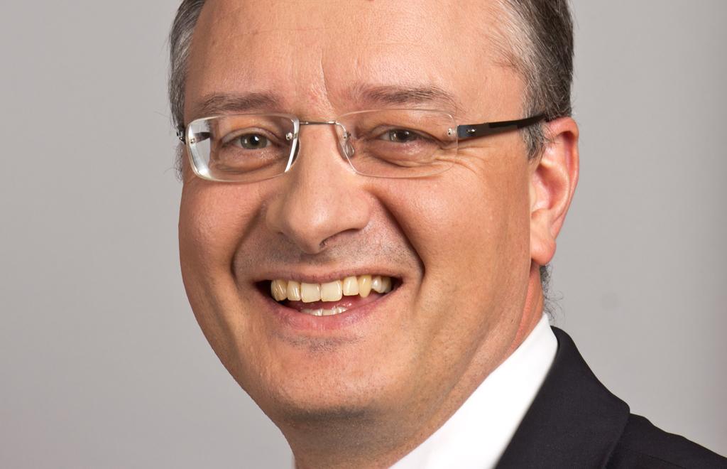 Gute Nachrichten zu verkünden, macht Spaß: Kultusminister Andreas Stoch (SPD).  Foto: Sven Teschke/Wikimedia Commons (CC-BY-SA-3.0)