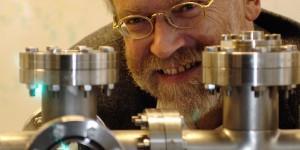 """Präsentiert Experimente auf der """"didacta"""": Der österreichische Physiker Anton Zeilinger. Foto: Jaqueline Godany / Wikimedia Commons (CC BY 2.5)"""