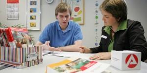 Umfrage: Berufswahl fällt vielen Schülern schwer – harte Kritik an Arbeitsagentur