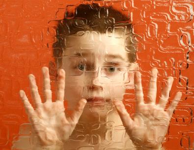 Autismus ist eine Störung des Zentralen Nervensystems. Foto: hepingting / flickr (CC BY-SA 2.0)
