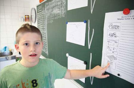 Anschaulich: Piktogramme helfen Autisten beim Lernen. (Foto: Alex Büttner)