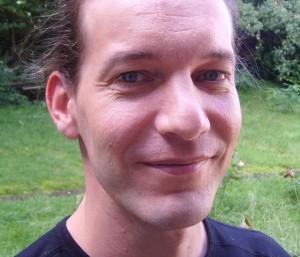 Überlebte den Erfurter Amoklauf: Lehrer Robert Kiehl; Foto: Projekte-Verlag Cornelius