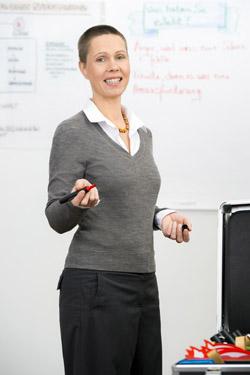 Stephanie Bartsch berät Schulleitungen und Kollegien. Foto: privat