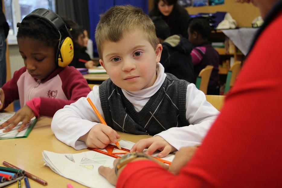 Gemeinsamer Unterricht an der Grundschule Langbargheide. Foto: Bertelsmann Stiftung / Ulfert Engelkes
