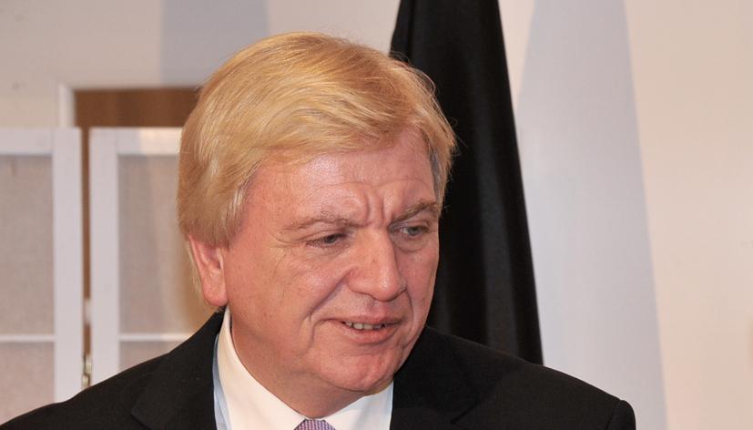Erkennt durchaus einen Handlungsbedarf:  Hessens Ministerpräsident Volker Bouffier Foto: Staatskanzlei Hessen