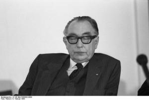 Früherer Kultusminister Paul Mikat; Foto: Engelbert Reineke / Deutsches Bundesarchiv (German Federal Archive), B 145 Bild-F065002-0008