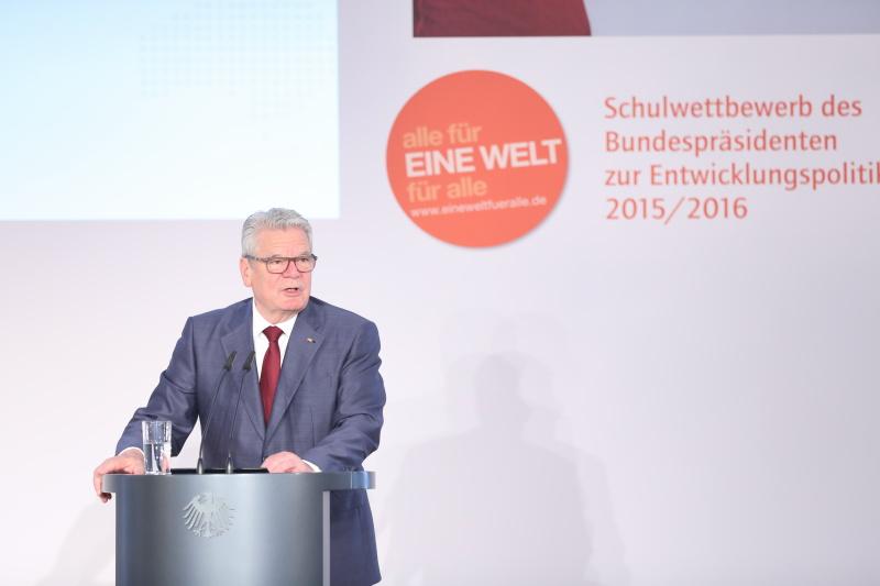 Bundespräsident_Joachim_Gauck_bei_seiner_Rede_vor_den_Preisträgerinnen_und_Preisträgern
