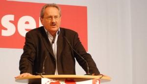 Verspricht mehr Investitionen in die Bildung - wenn dafür mehr Geld aus Berlin kommt: Christian Ude, Spitzenkandidat der SPD in Bayern. Foto: SPD in Niedersachsen/Flickr (CC BY 2.0)