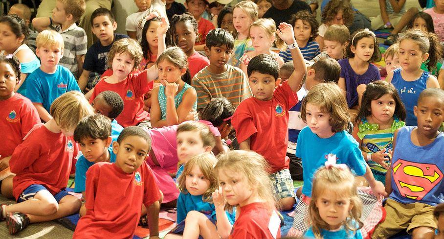 Es ist zunehmend schwierig, Kinder auf Schulformen aufzuteilen, wenn immer mehr aufs Gymnasium wollen. Foto: Departement of Education / flickr (CC BY 2.0)
