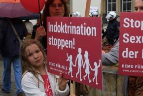 """Streit um Bildungsplan: Philologen kritisieren """"Pornografisierung"""" von Schule"""
