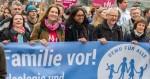 Nach Veranstalterangaben demonstrierten beim letzten Mal rund 2.400 Menschen gegen den Bildungsplan von Grün-Rot. Foto: Demo für alle