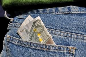 Lehrer an freien Schulen haben oft weniger Geld in der Tasche als die Kollegen an staatlichen Schulen. Angesichts der Konkurrenz ums Personal ein Wettbewerbsnachteil. Foto: Dr. Klaus-Uwe Gerhardt / pixelio.de