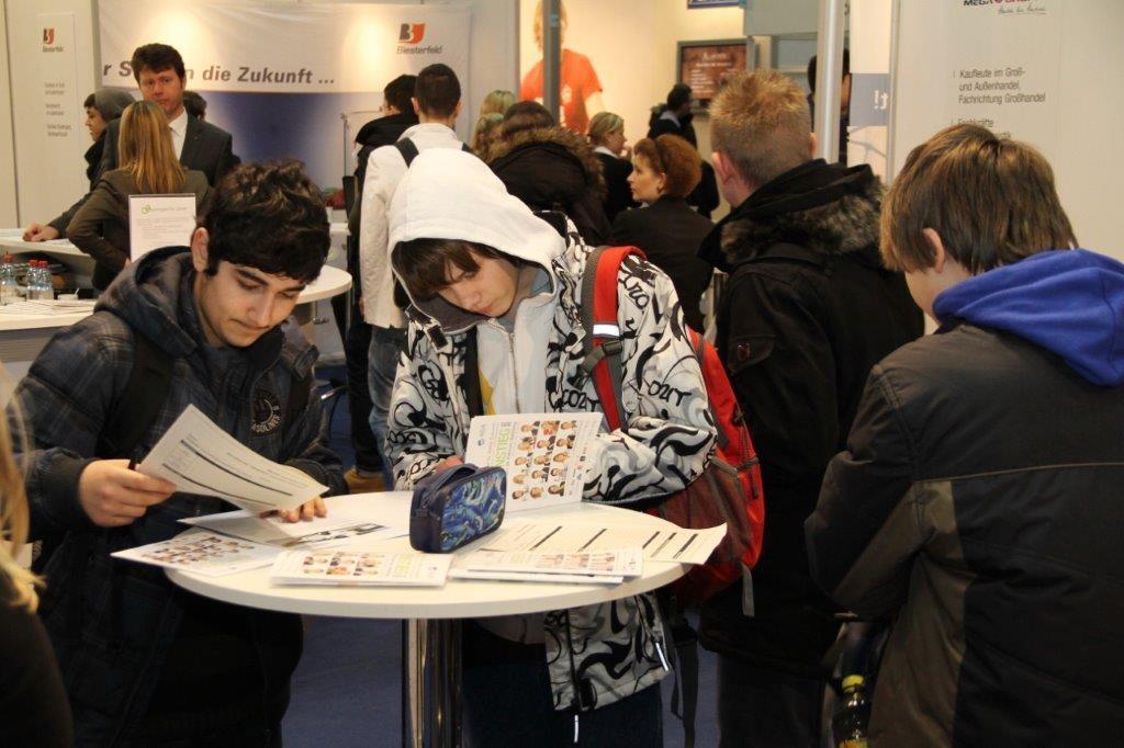 Besucher auf der Einstiegmesse Hamburg 2013. (Foto: Einstieg)