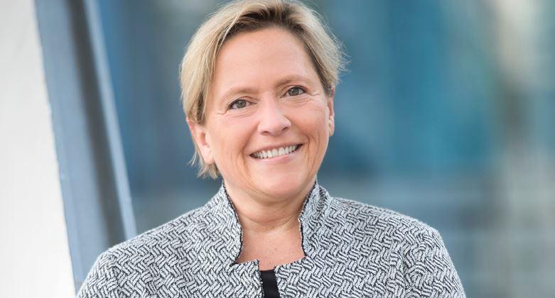 """Neue KMK-Präsidentin Eisenmann will """"für mehr Ruhe und Verlässlichkeit an den Schulen sorgen"""" – aber ein """"Bildungscontrolling"""" einführen"""