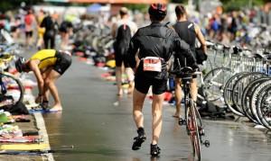 Triathlon Wechsel zur Rad-Etappe