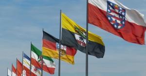 Bundesländer Fahnen in Reihe