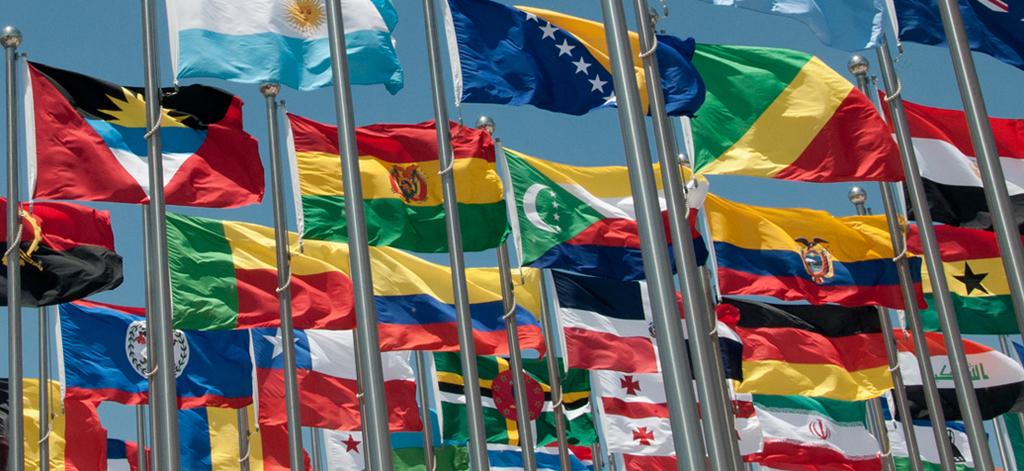 viele Flaggen
