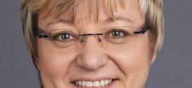 """Heiligenstadt tritt vor Philologen auf – und holt sich reihenweise Watschen ab:  """"Verantwortungsloser Bildungsabbau""""! """"Erleichterungspädagogik""""! """"Irrweg""""!"""
