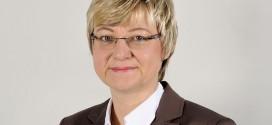 Wieso erlaubt Kultusministerin einer Schülerin, vollverschleiert im Unterricht zu sitzen? CDU droht Heiligenstadt mit Anklage