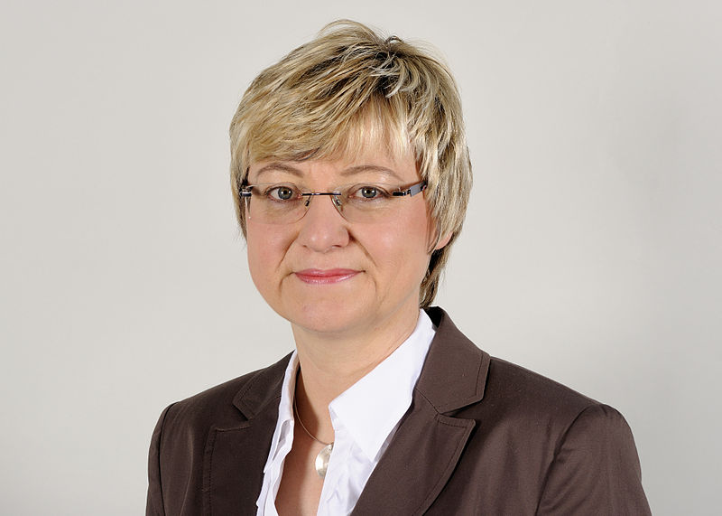 Hat sich bei Gymnasiallehrern nicht gerade beliebt gemacht: Niedersachsens Kultusministerin Frauke Heiligenstadt. Foto: Martin Rulsch / Wikimedia Commons CC-by-sa 3.0/de