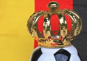 """An """"König Fußball"""" führt derzeit kaum ein Weg vorbei. Foto: Rike  / pixelio.de"""