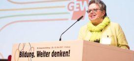 GEW-Chefin Tepe fordert: Staat soll Steuern erhören, um mehr Geld in die Bildung zu investieren