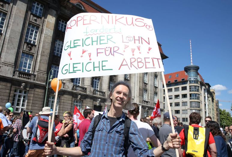 Die angestellten Lehrkräfte erhöhen den Druck auf den Berliner Finanzsenator. Foto: GEW