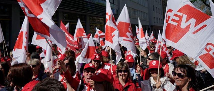 Erzieherinnen streiken - und die Mehrheit der Deutschen unterstützt sie dabei. Foto: GEW