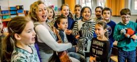 Porträt: Schulpreise für Hamburger Gymnasium und Flensburger Grundschule