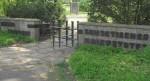 Eingang zu einem sowjetischen Ehrenfriedhof