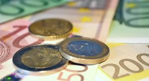 Euro-Scheine und -Münzen