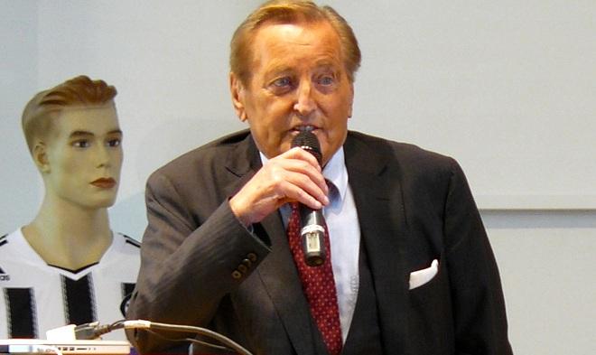 Gerhard Mayer-Vorfelder war Kultusminister von Baden-Württemberg: Foto: Memorino / Wikimedia Commons(CC BY-SA 3.0)